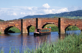 Welcome Aboard to your perfect canal boat holiday